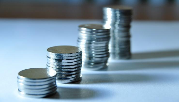 Coin  stacks increasing
